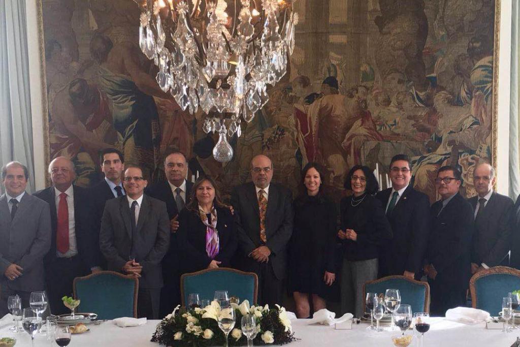 La ministra Carolina Stanley compartió un encuentro con embajadores de países de Latinoamérica y el Caribe.