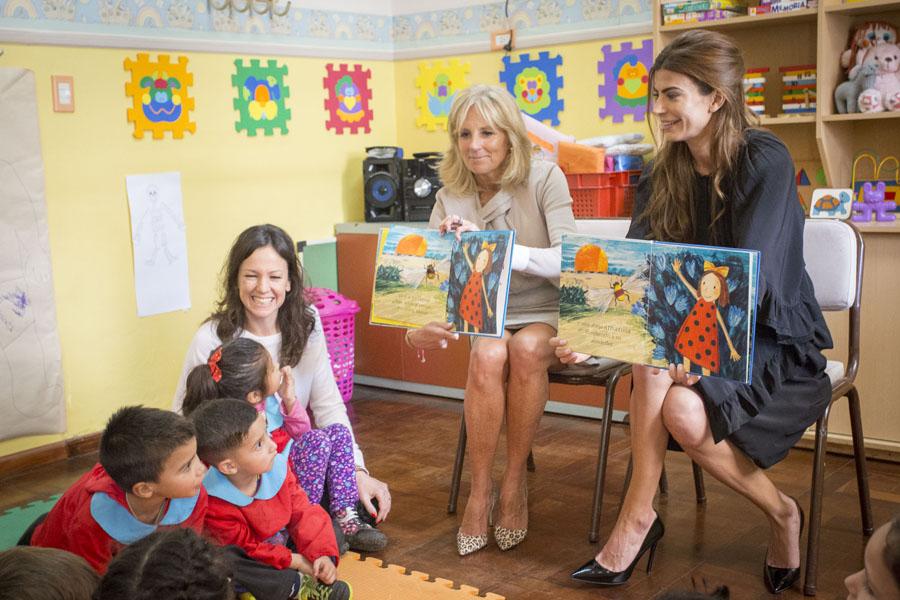 """Las tres mujeres visitaron el Centro de Desarrollo Infantil """"Chispitas"""", en San Martín."""