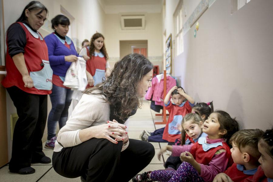 En el espacio de primera infancia se reunieron con los docentes y compartieron un momento de juego con los chicos.
