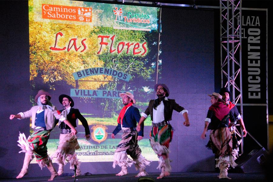 Caminos y Sabores es un lugar para disfrutar también de espectáculos culturales de las distintas regiones de nuestro país.