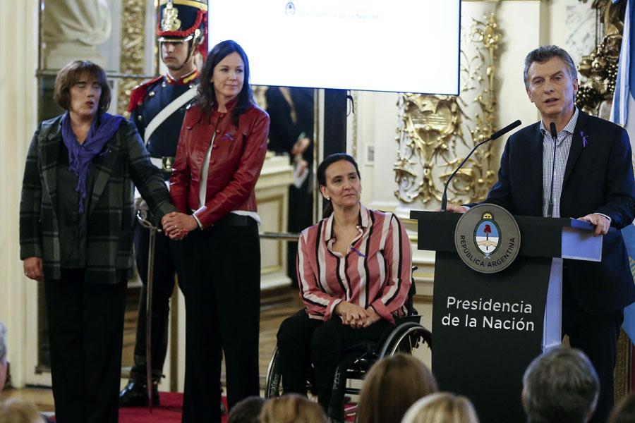 """El Presidente Mauricio Macri afirmó: """"La violencia de género es la que más duele""""."""
