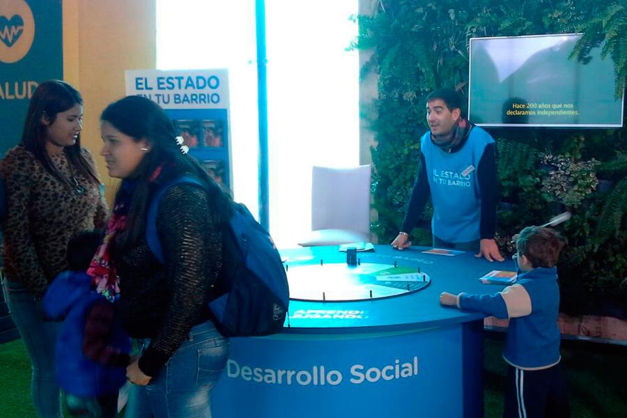 stand de desarrollo social en tecnópolis