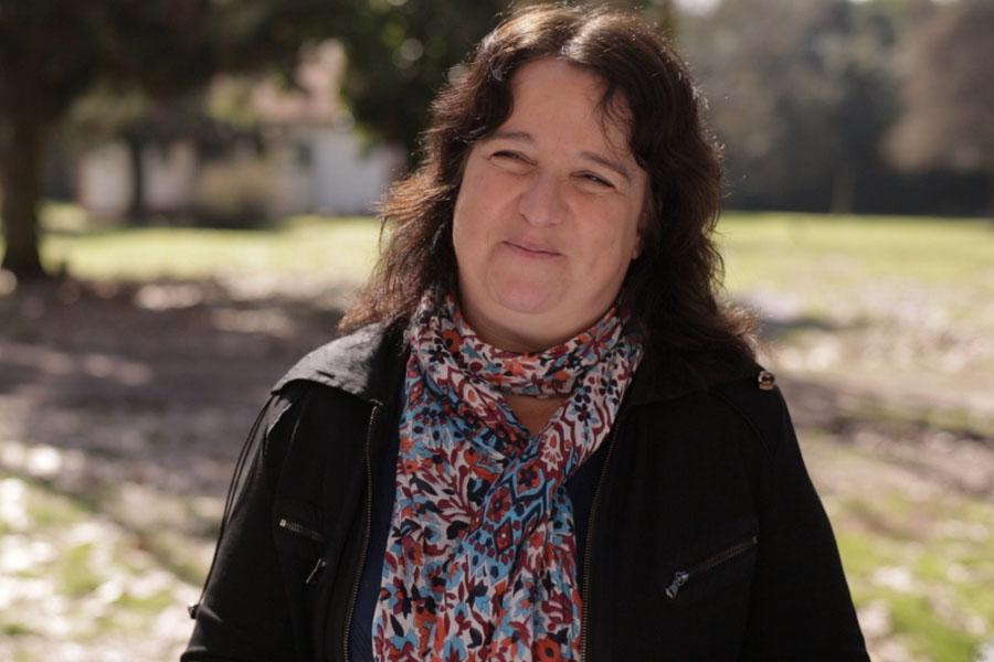 Beatriz Diuk, directora del proyecto, destacó el nuevo rol de docentes de las mujeres de Ellas Hacen.