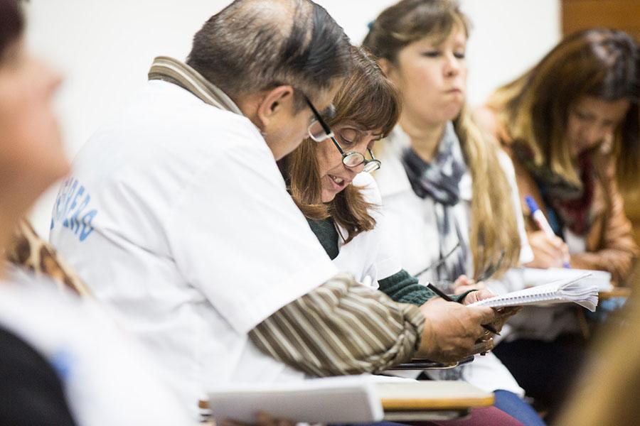 Para ingresar, las personas deben tener más de 18 años, los estudios primarios completos y participar de una entrevista personal.