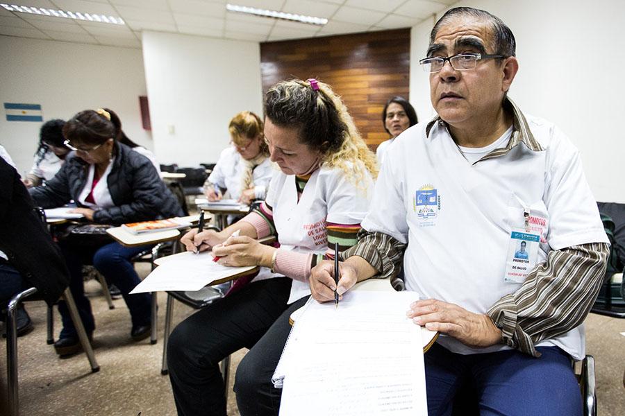 """El programa """"Cuidadores Domiciliarios"""" se realiza en todo el país desde hace 20 años."""