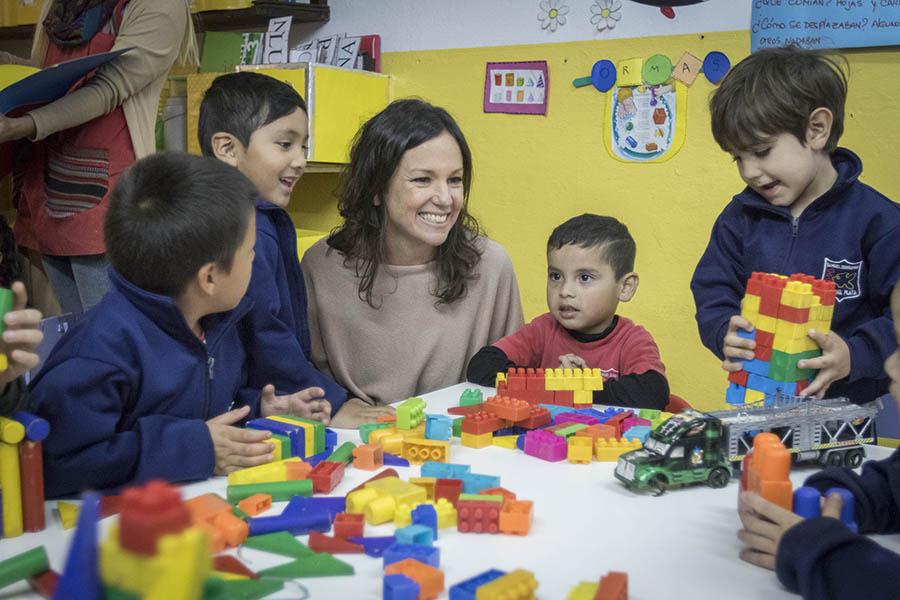 En el lugar compartieron actividades con los chicos que asisten al jardín de infantes.