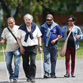 Más de 120 personas ciegas se acercan al Instituto Rosell para aprender a desenvolverse por sus propios medios.