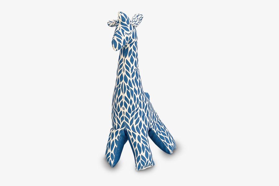 Imagen de un peluche de jirafa