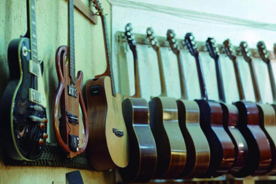 Participar en la Feria de Luthiers del ministerio le permitió abrir canales de comercialización.