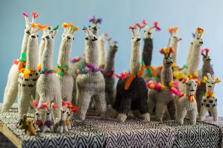 Imagen ilustrativa de la llama, una de las artesanías típicas del norte argentino.