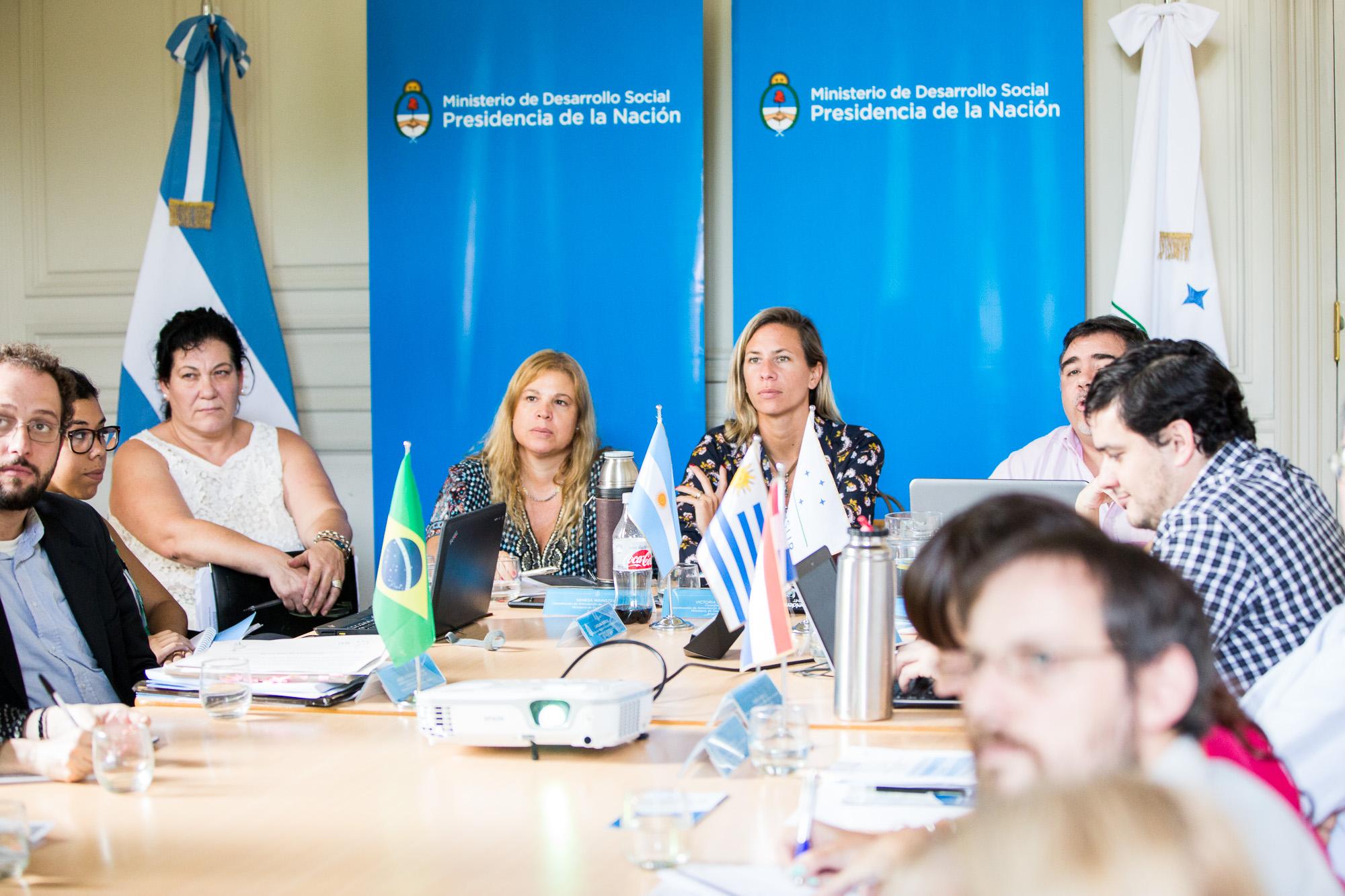 Fotografía ilustrativa de Reunion de Areas Sociales del Mercosur