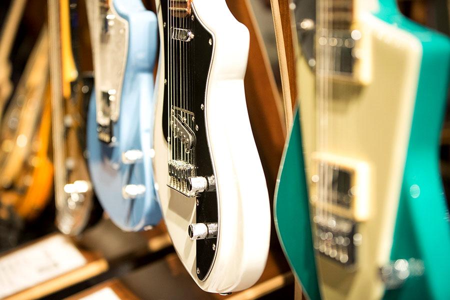 Imagen ilustrativa de guitarras