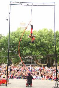 Arte acrobático al aire libre