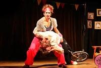 "Imagen ilustrativa del circo ""Medio Mundo"""