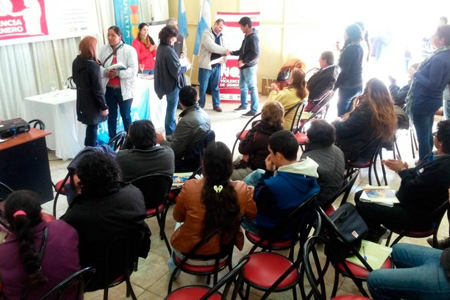 Se realizaron capacitaciones sobre violencia de género en La Rioja.