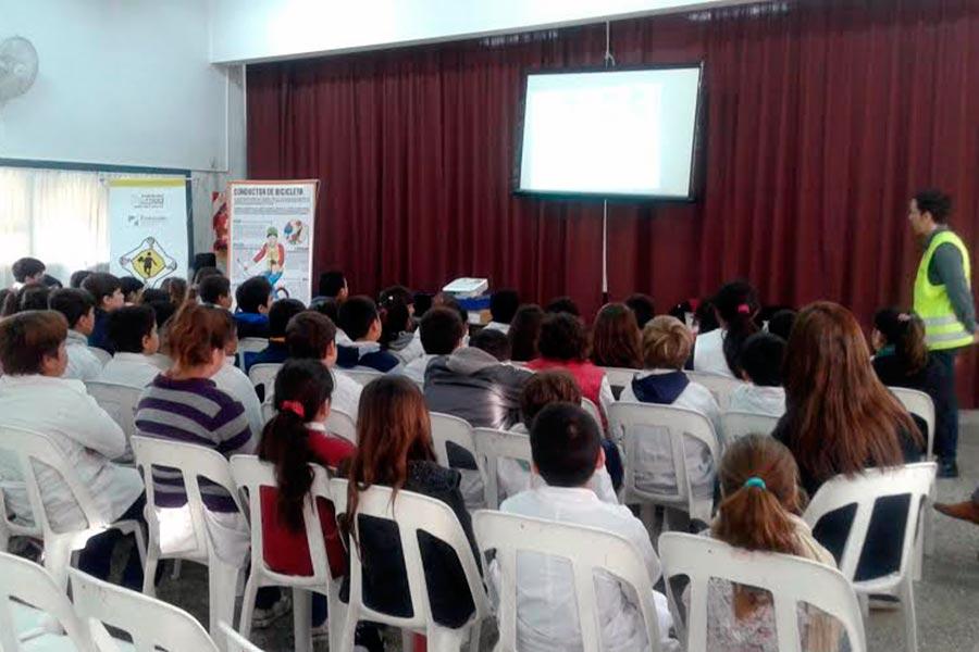 Más de 1000 estudiantes participaron de la Semana de la educación vial.