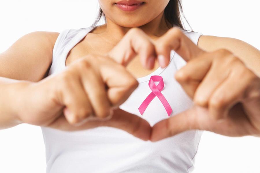 Fotos ilustrativas de cáncer de mama