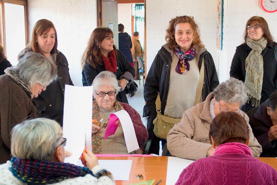 Encuentro entre representantes de la Dirección de Políticas para Adultos Mayores de Argentina y Chile