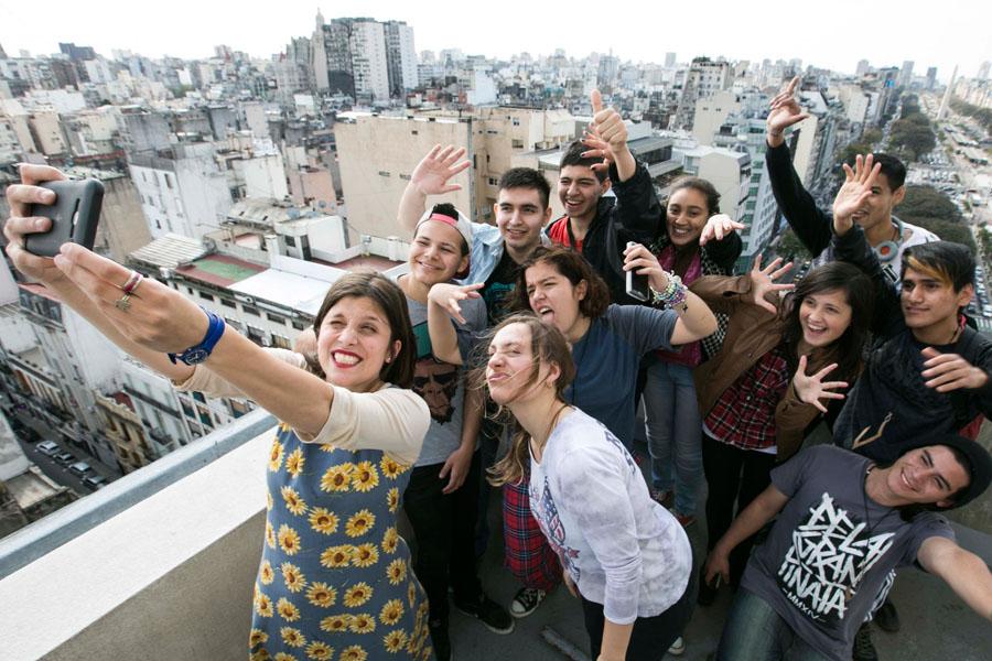 Fotografía ilustrativa de una foto grupal.