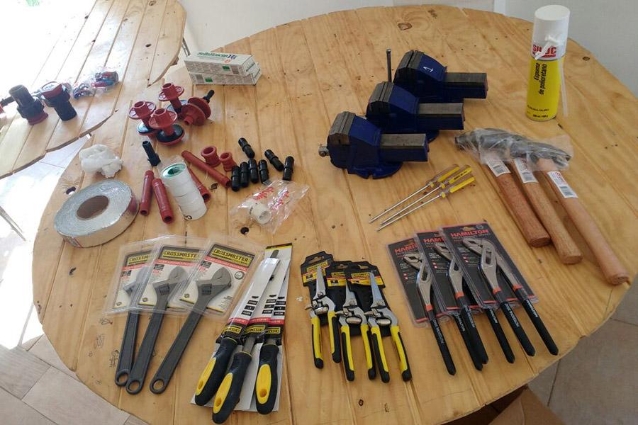 Imagen ilustrativa de las herramientas que se utilizan para fabricar el termotanque.
