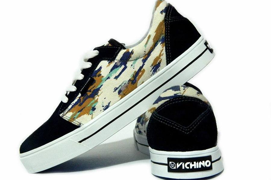 Fotografía ilustrativa de las zapatillas Vichino.
